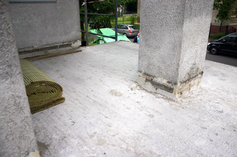 abd bedachungen die dachdeckerprofis in berlin und brandenburg balkonabdichtung juli 2014. Black Bedroom Furniture Sets. Home Design Ideas