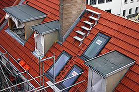 ABD Bedachungen Dachdeckerarbeiten Dachklempnerarbeiten in Berlin und Brandenburg Dachfenstereinbau